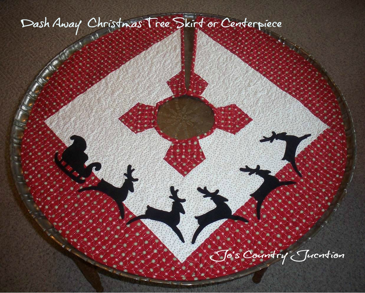 Friday Finish Dash Away Christmas Tree Skirt
