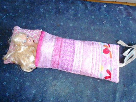 Barbie-Sleeping-Bag-16