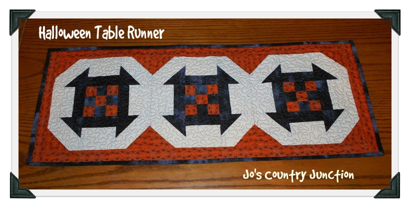 Halloween-table-runner-free-pattern