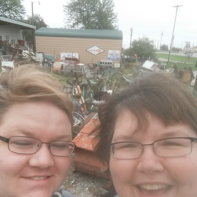 We stopped for an antique shop.#joscountryjunction  #antiquing