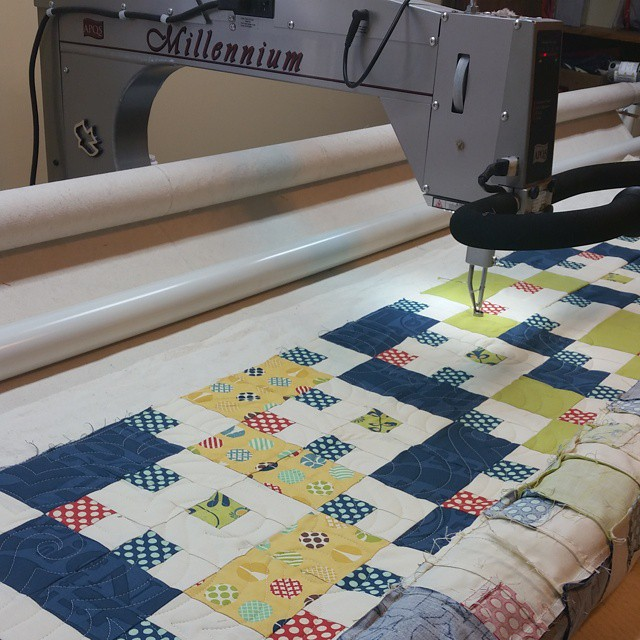 It's been too long since I've machine quilted. I miss it too!! #joscountryjunction. #machinequilting. #quilting