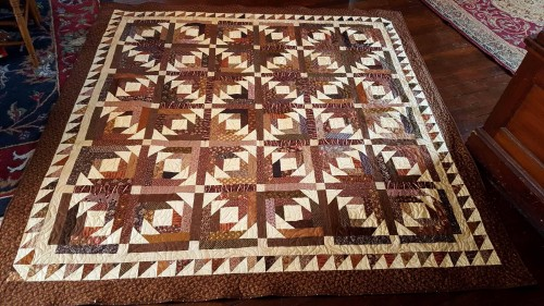 Quilt Finish Pineapple Blossoms