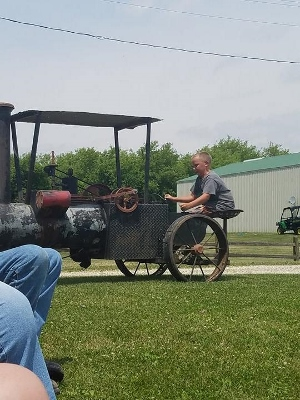 Tractor Days 7 (300x400)